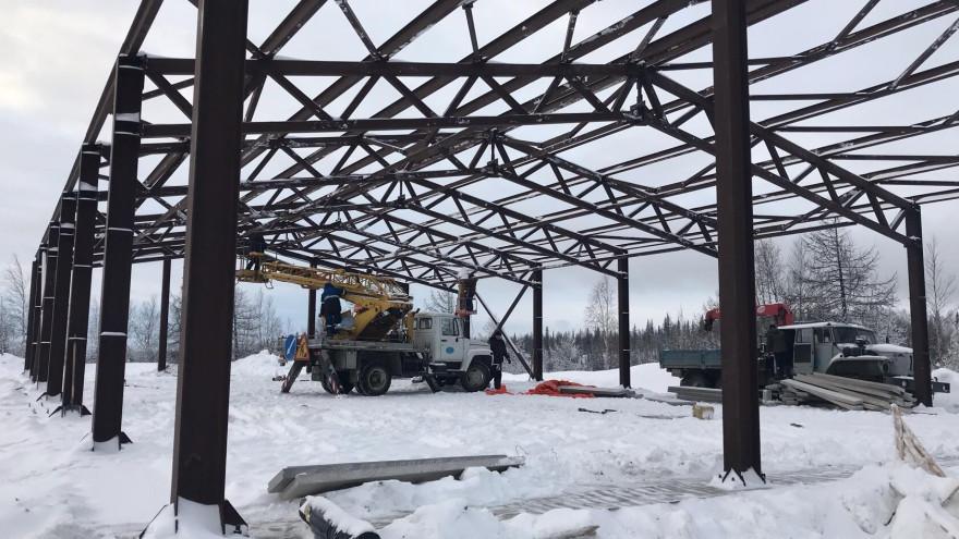 В Салехарде завершают строительство новой лыжной базы