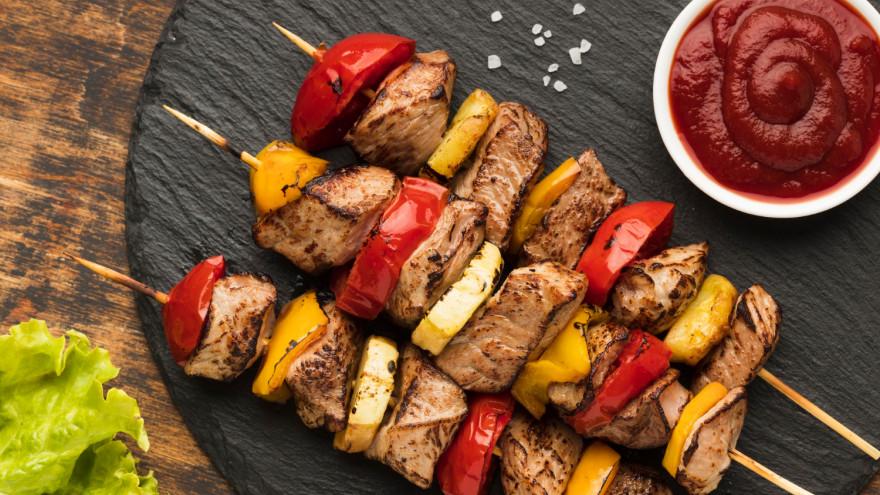 На Ямале стартует шашлычный сезон: как правильно выбрать и замариновать мясо
