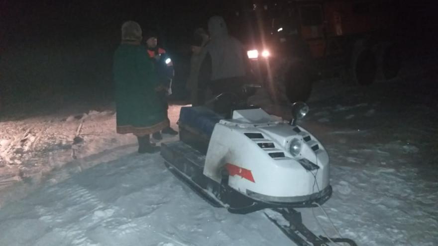 В Тазовском районе двое ямальцев попали в беду