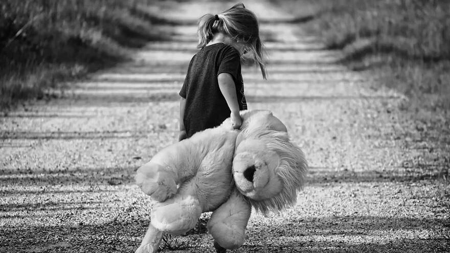 В Новом Уренгое девочку больше года совращал 39-летний друг семьи
