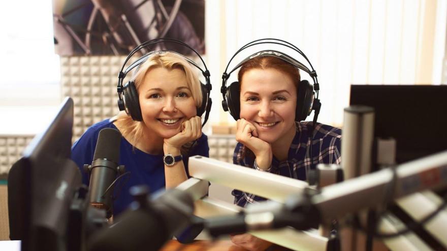Губернатор Ямала Дмитрий Артюхов поздравил северян с Днём радио