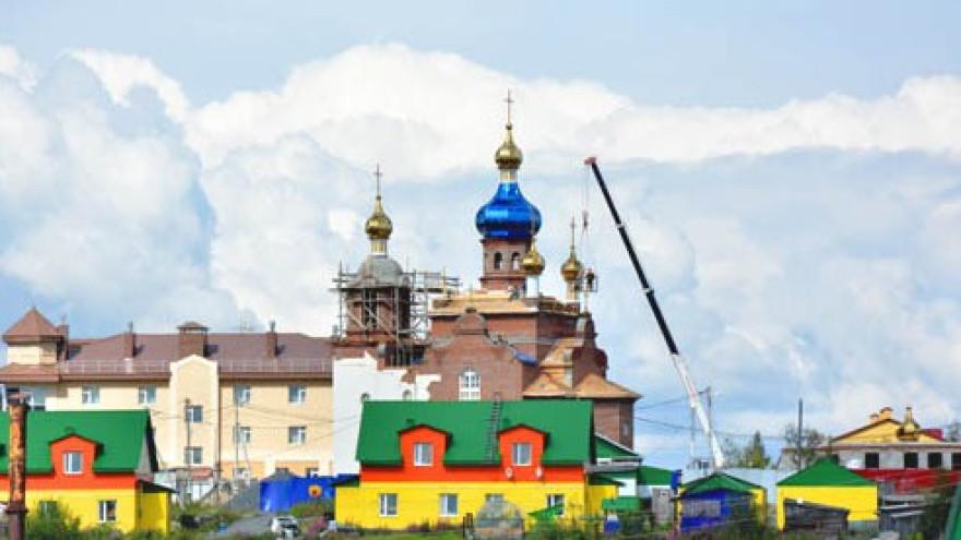 И золотом сияют купола. В Аксарке скоро появится новый храм