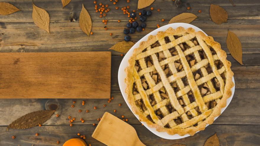 Рецепты осеннего меню: готовим дома глинтвейн, шарлотку и тыквенный крем-суп