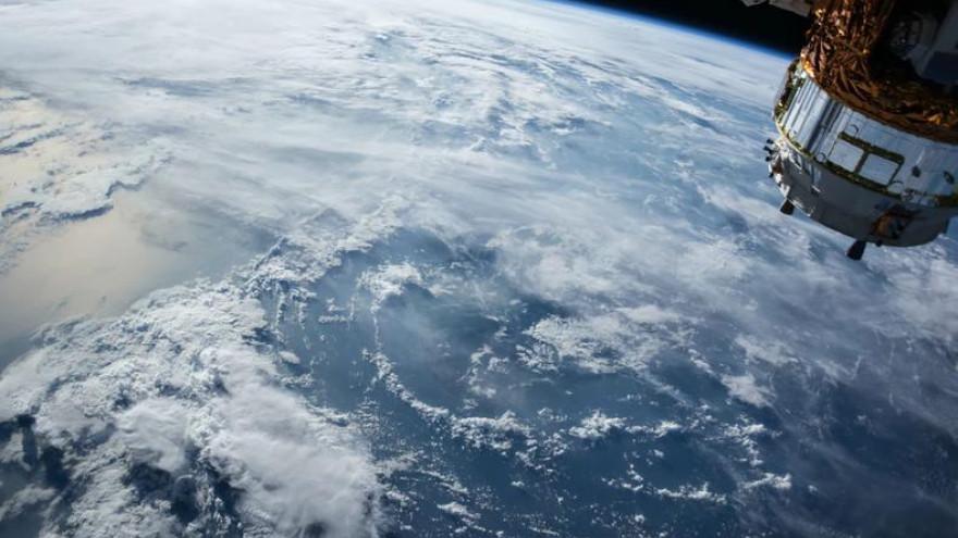 Россия запустит собственный орбитальный космопорт, который позволит полностью наблюдать за Арктикой