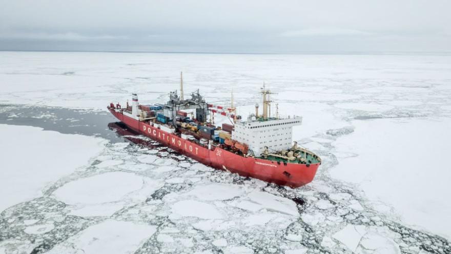 Эксперт: обычный транзит по Севморпути для России экономически невыгоден