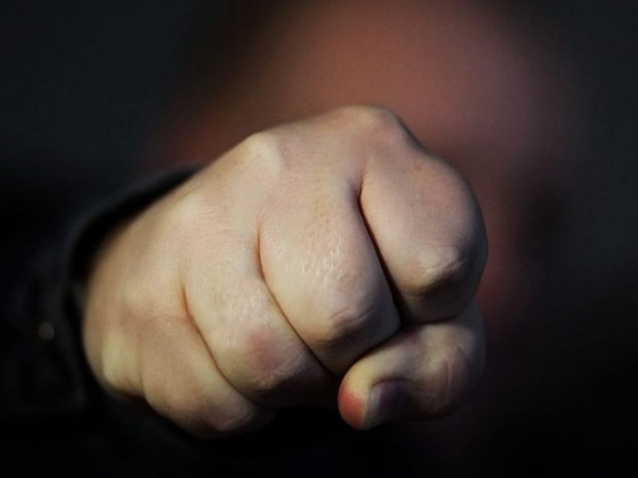 Пьяный житель Ямала получил тюремный срок за удар в челюсть