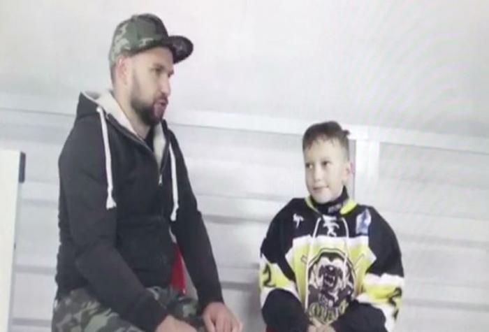 Ямальцы прпинимают участие в кубке по хоккею «Уральский вызов 2017», который сейчас проходит в Екатеринбурге
