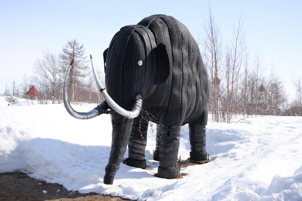 В столице Ямала появился еще один мамонт!
