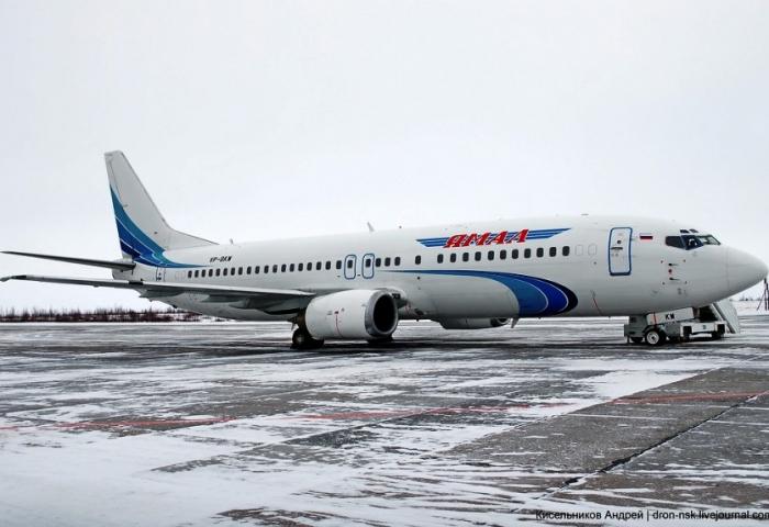 Рейсы на прибытие и отправление из аэропорта города Салехарда задержаны по погодным условиям