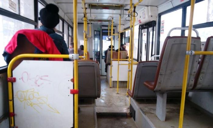 Тазовчанин-эксгибиционист в автобусе показал детям свои гениталии