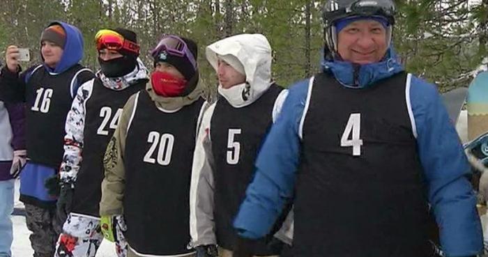 Инженеры встали на доску. Надымские сноубордисты вышли на любимую трассу