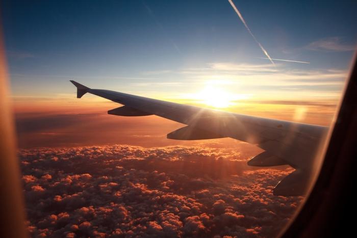 У самолета, летевшего в Ямбург, отказали оба двигателя