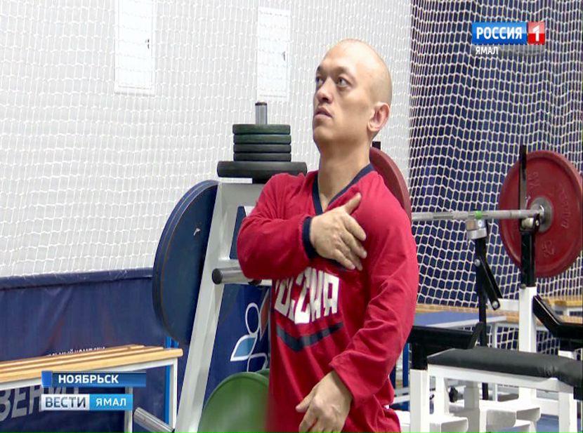 Владимир Балынец— абсолютный победитель всероссийских состязаний попауэрлифтингу