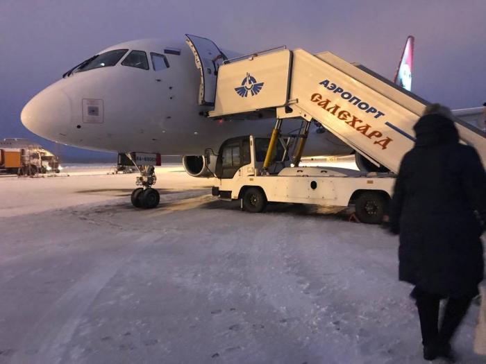 Салехардский аэропорт возвращается к полноценной работе