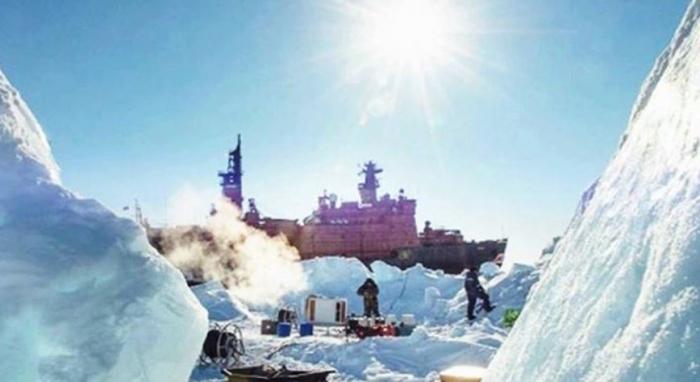 Российские ученые разрабатывают новую технологию строительства ледяных островов для арктического шельфа