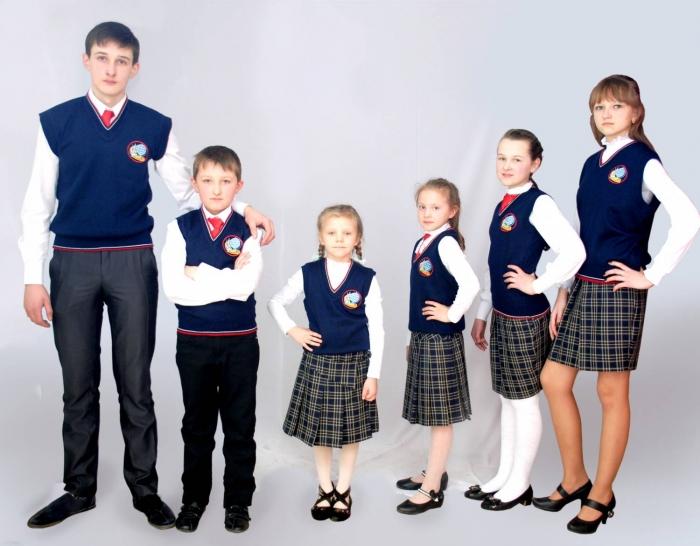 В Госдуме предложили ввести единую цену на школьную форму