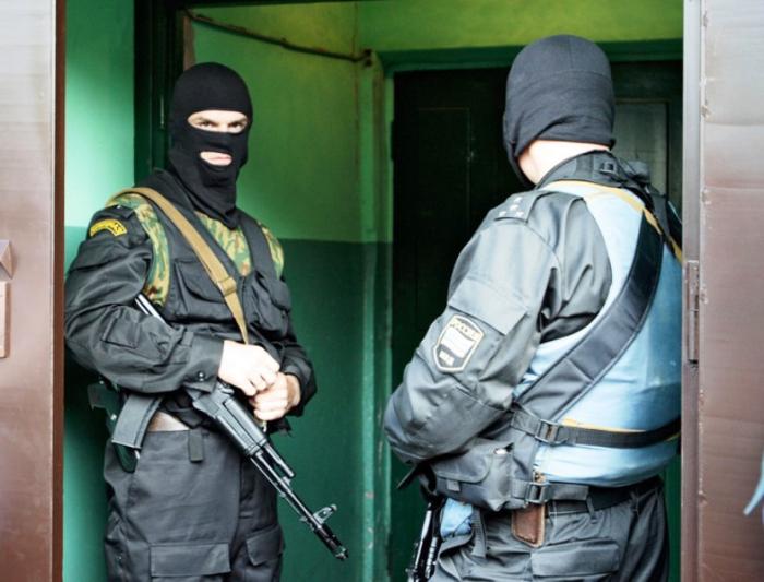Надымские полицейские задержали наркобарыг изБрянска
