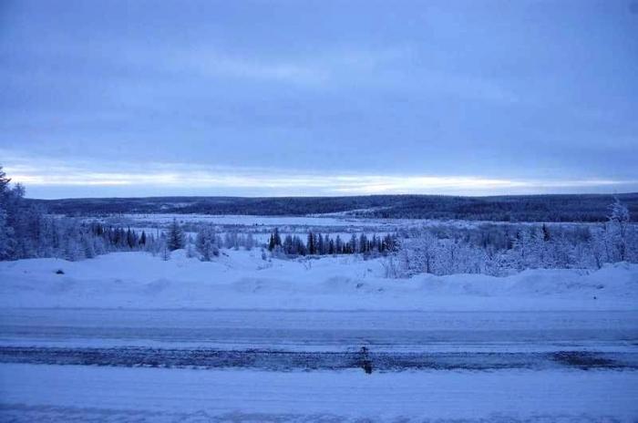На трассе Сургут – Салехард отлетевший колесный диск убил водителя