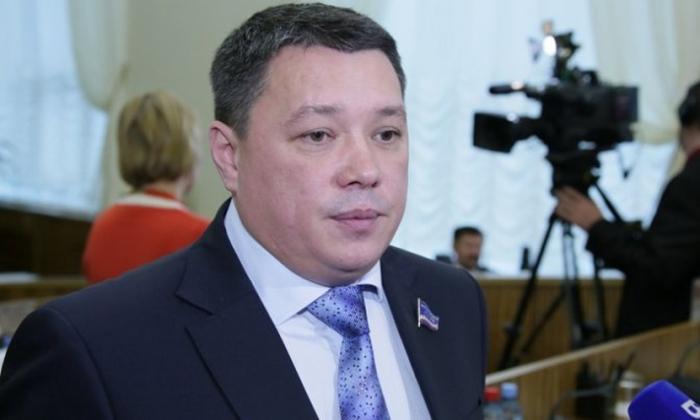 Спикер ямальского парламента Сергей Ямкин поздравил призывников