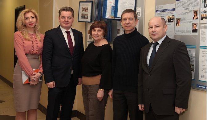 Развитие арктической медицины обсуждали в городе на Неве