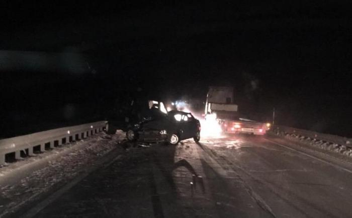 На трассе Сургут – Салехард погиб человек, еще четверо травмированы