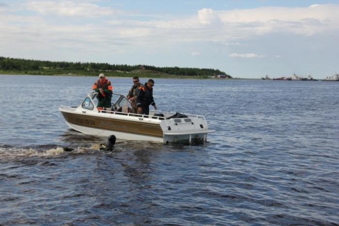 Ямальские спасатели обнаружили двух мужчин, которые потерялись на реке