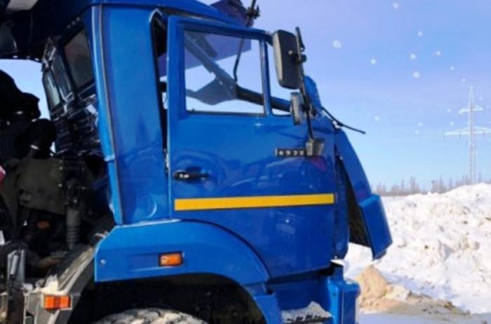 Водитель грузовика погиб в ДТП рядом с месторождением на Ямале