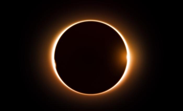 В пятницу 13 жители Земли увидят уникальное солнечное затмение