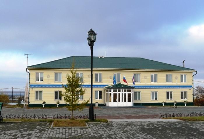 Администрация Тазовского района окажет помощь семье погибшего подростка в Гыде