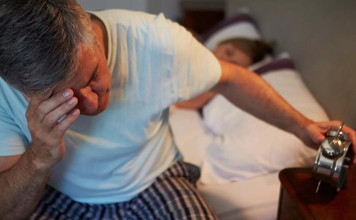 Ученые: нарушение режима сна негативно сказывается на здоровье пожилых людей
