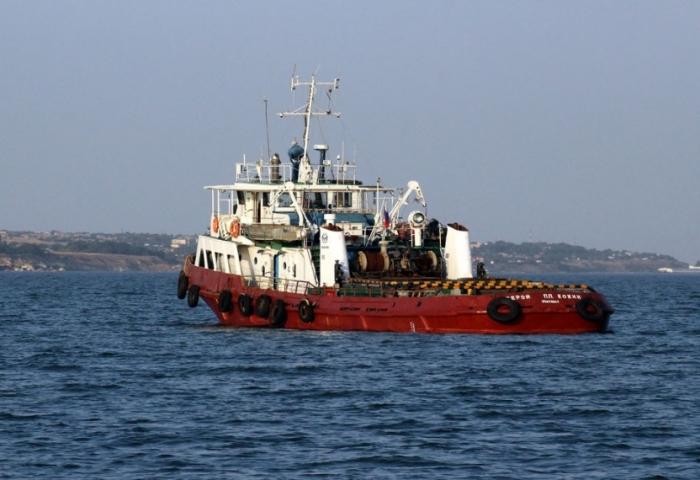 В Карском море во время шторма затонула баржа с 400 тоннами металлолома с Бованенковского месторождения