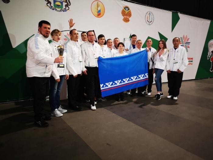 Ямальская команда одержала победу на сельских зимних спортивных играх в Тюмени
