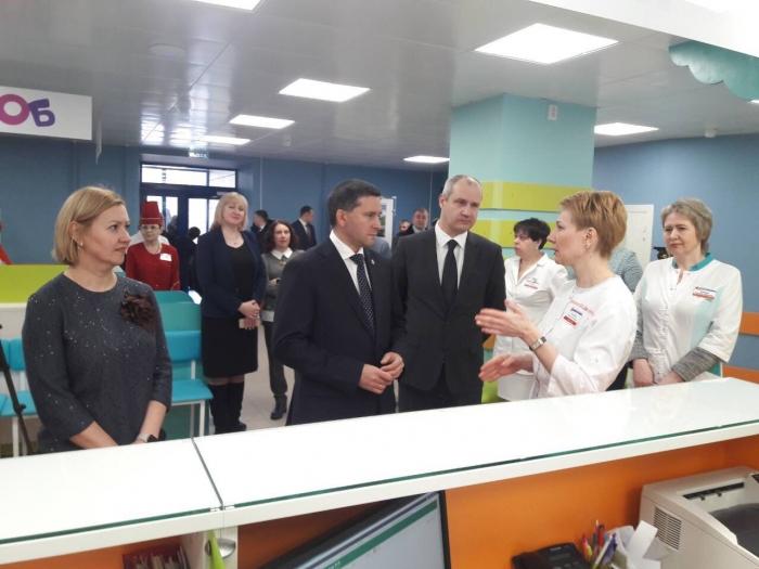 Дмитрий Кобылкин оценил проект детской поликлиники в Надыме, ломающей стереотипы всегда «напряжённой» больницы