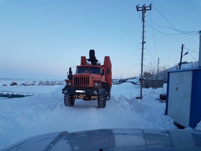 Незадачливый водитель Урала умудрился обесточить весь райцентр на Ямале