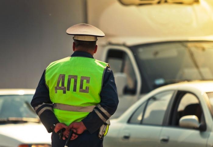 Теперь сотрудники ГАИ смогут останавливать автомобили вне постов и проверять пассажиров