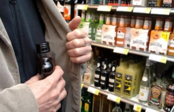 Похитившему под Новый год бутылку спиртного новоуренгойцу светит 4 года колонии