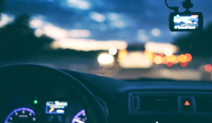 Депутаты предлагают перестать лишать водительских прав за первый выезд на встречную полосу