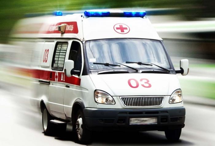 В Салехарде рабочий сломал позвоночник и получил другие серьезные травмы при разгрузке металлических труб