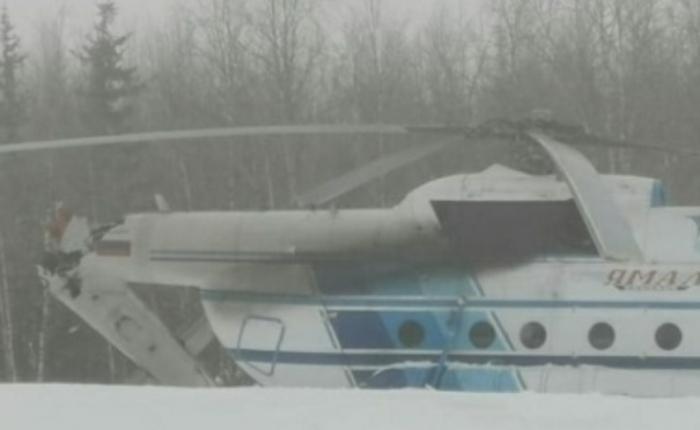 Вертолет МИ-8 совершил жесткую посадку в Надымском районе