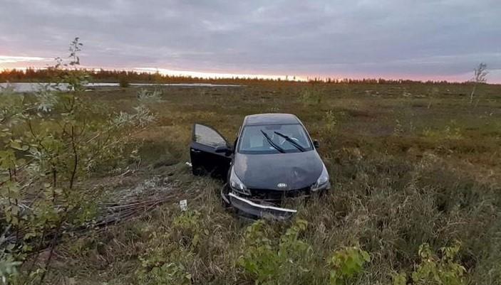 Врезался в столб: водитель иномарки погиб в ДТП2